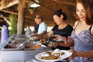 Buffet-Restaurant-Los-Coapinoles-Canopy-River