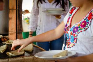 quesadillas-buffet-los-coapinoles-canopy-river